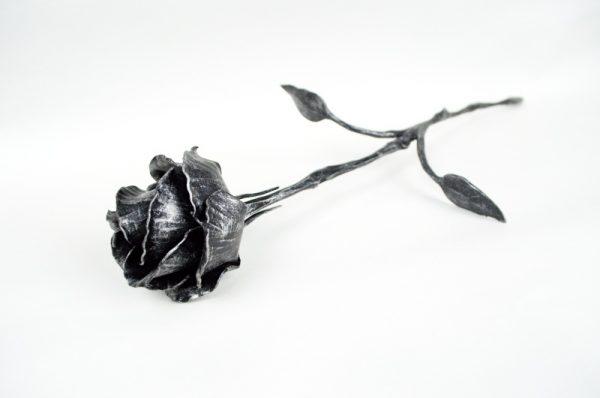 Kovaná růže - stříbrná